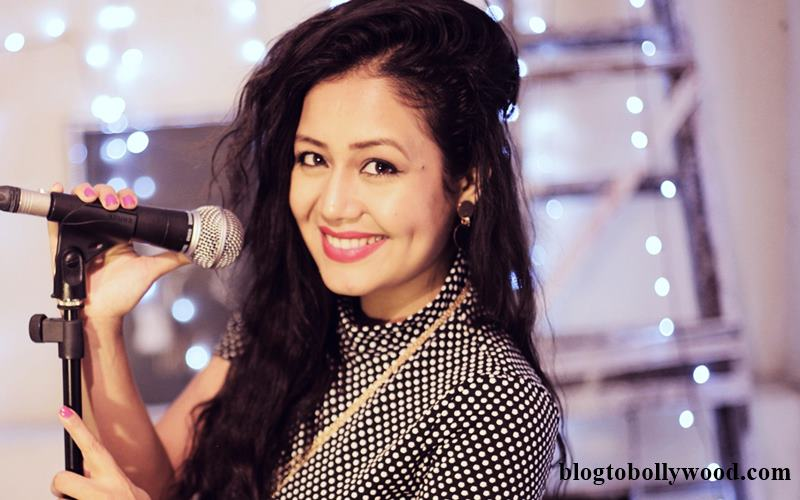 Neha-Kakkar-family-photo.jpg
