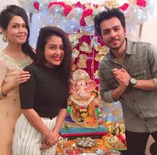 neha-kakkar-sister-and-brother