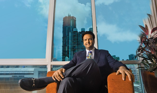 Anand-piramal-biography.jpg