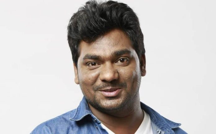 Zakir-Khan-comedian-photo.jpg